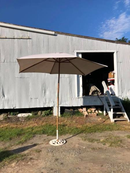 Patio umbrella $25.00